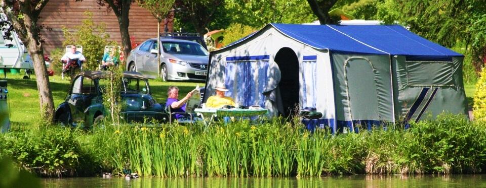 Camping Le Brévedent Calvados - emplacements bord de lac 5-